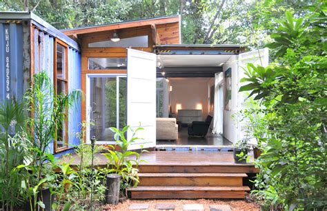 Small Homes Made From Shipping Containers Shipping Container Homes 2 Shipping Container Home