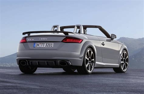 Ttrs Audi by 2017 Audi Tt Rs Revealed Most Powerful With New 2 5t