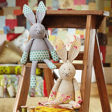 sew a softie bunny toy tutorial for day 9 by jo carter