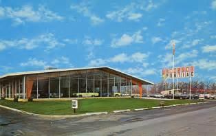 Bonander Pontiac Pontiac Dealership Photos