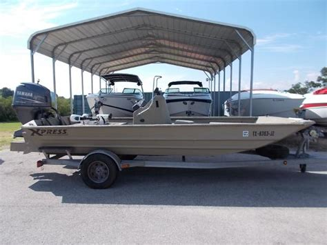 xpress boats for sale xpress 18 tunnel boats for sale