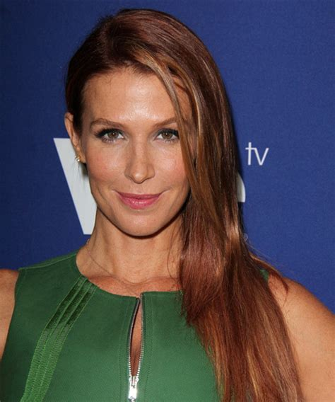Poppy Montgomery Hairstyles for 2017   Celebrity