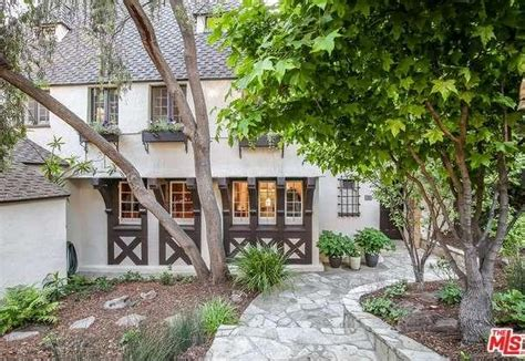 dita von teese house burlesque star dita von teese purchases 2 83 million los feliz hills home