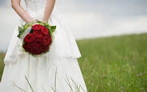 best flowers for wedding the best flowers to grow for a wedding bouquet telegraph