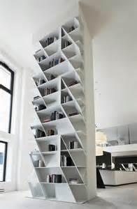 exceptional Fabriquer Une Bibliotheque Murale #3: jolie-bibliotheque-murale-en-bois-gris-bibliotheque-conforama-murs-blancs.jpg