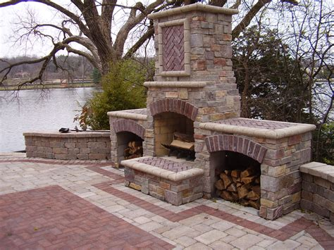 landscape outdoor fireplace benson stone