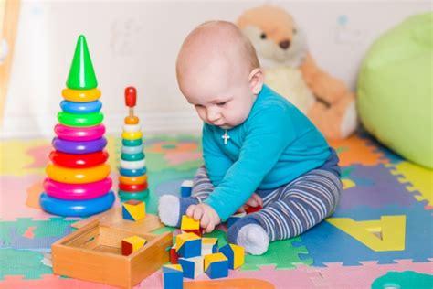 un nino seguro de 8497772040 juguetes seguros para que los ni 241 os jueguen sin peligro