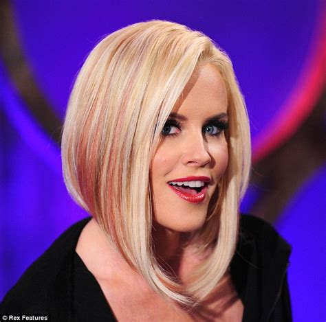 hairstyles that show off highlights pop of pink wild child jenny mccarthy shows off