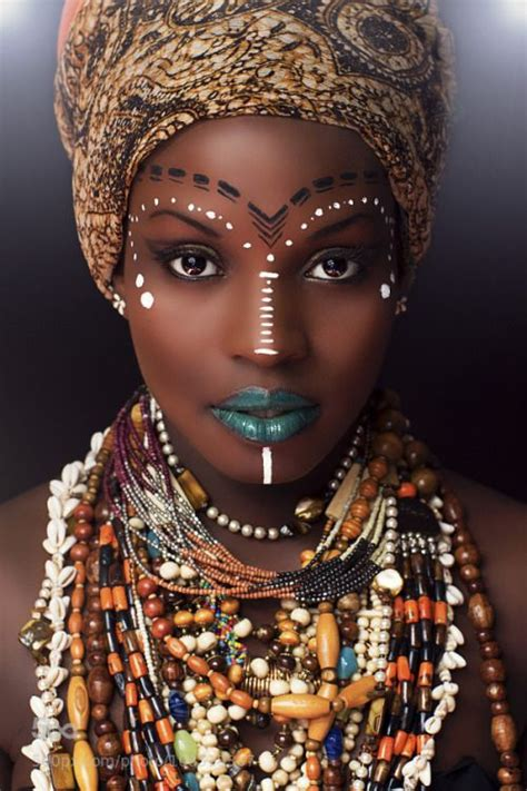 Dress Terusan Eye Du kingxen rokhaya by sl photographie gold africans makeup and