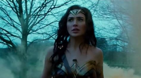 cast of the woman first wonder woman footage spearheads cast plot grizzly
