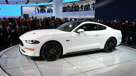 white mustang black roof 2018 mustang colors options photos color codes
