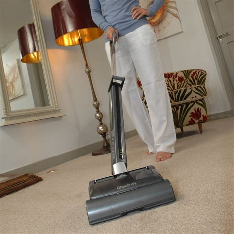 Vacuum Cleaner Ram Amalia new gtech airram cordless vacuum cleaner reviewed