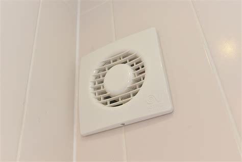 extractor fan bathroom not working barratt homes