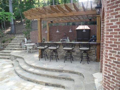 outdoor kitchen bar and grill traditional patio