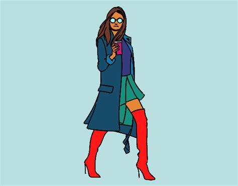 ragazza moderna disegno ragazza moderna colorato da utente non registrato