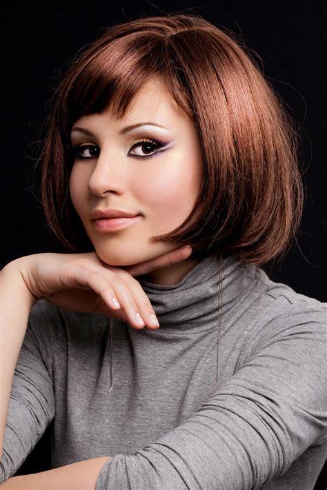 Frisuren Kurze Haare Frauen Ab