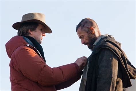 les miserables tom 3 the spoils les miserables director tom hooper answers his critics indiewire