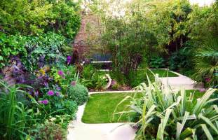 modern town garden design facing garden design