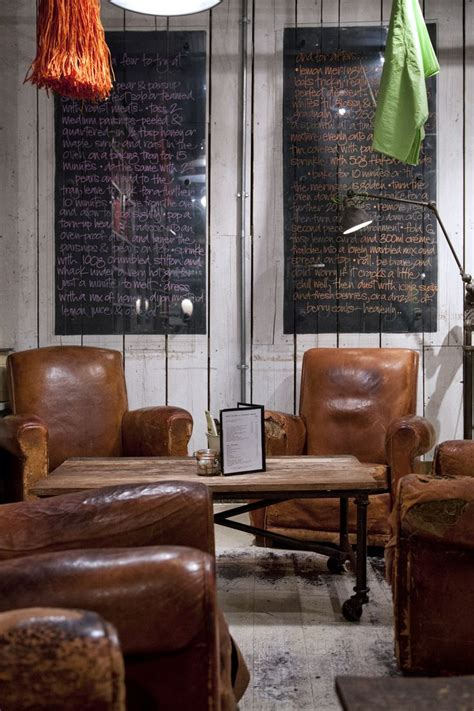Big Comfy Leather Chair 1000 Ideas About Brown Leather Chairs On