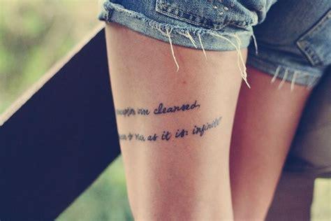 tattoo perna escrita tatuagens femininas