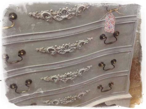 home chic mouldings com