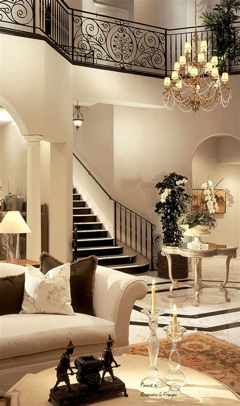 luxury mansions page