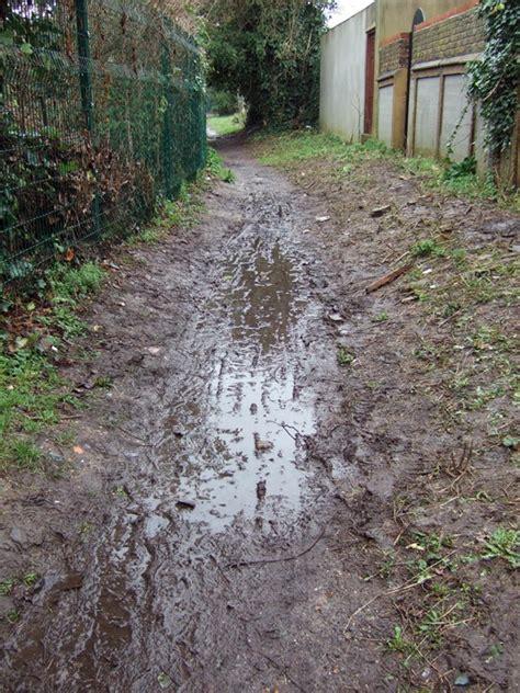 radbourne walk    began ealing dean