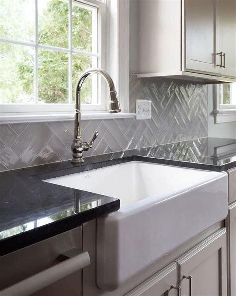Black Quartz Kitchen Countertops by 2652 Best Kitchens Images On