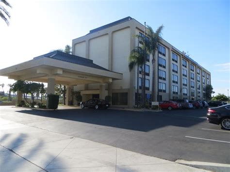 Comfort Inn Suites Anaheim by Front Side Hotel Picture Of The Comfort Inn Suites
