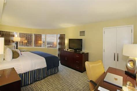 Square Room by Crowne Plaza Times Square Manhattan New York Reviews Photos Rates Ebookers