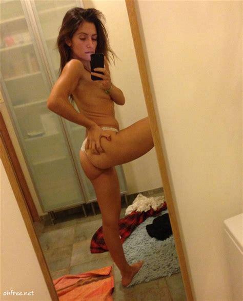 Sarah Shahi Nude Cell Phone Photos Leaked