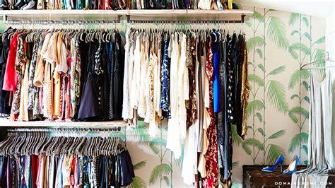 Wallpaper On Wardrobe by Lunes De Decoraci 243 N Ordenando El Cl 243 Set La Vida De