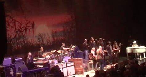 truck jam chicago tedeschi trucks band jam with in chicago