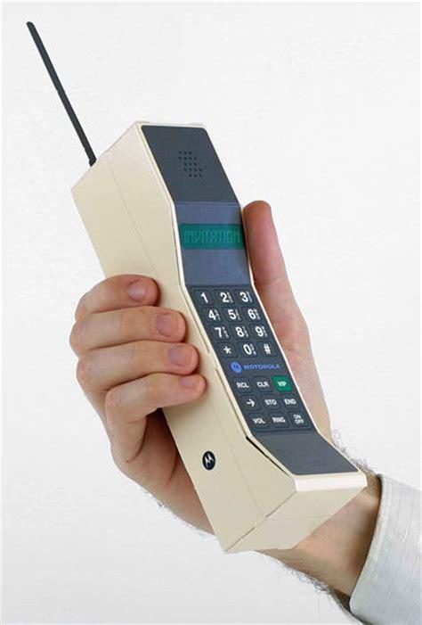 early mobile phones motorola mobile phone papercraft dynatac