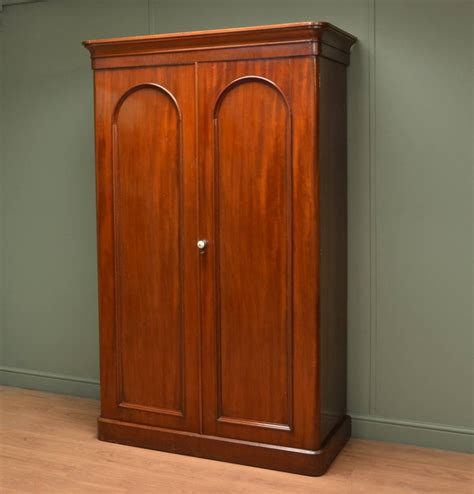 Antique Mahogany Wardrobes by Small Mahogany Antique Wardrobe 257802