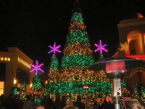 wiregrass mall christmas light show christmas lights