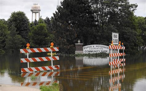 Lake County Il Records Records Starting To Tumble As Des Plaines River Nears High