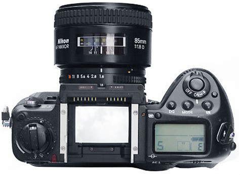 nikon af (autofocus) nikkor 85mm f/1.8d medium telephoto