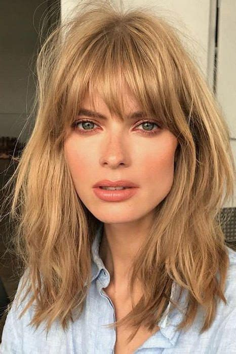 short fringe 1970 hair cuts finally this vintage bangs trend is making a return and