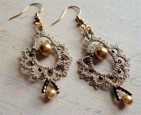 beading patterns for earrings you to see giddy tatted earrings beading tatting on