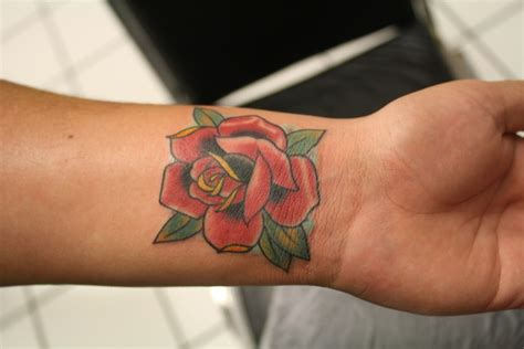 rose wrist tattoos tumblr 32 fantastic flowers tattoos on wrists
