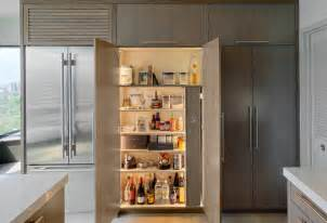 pull pantry w motion activated recessed led