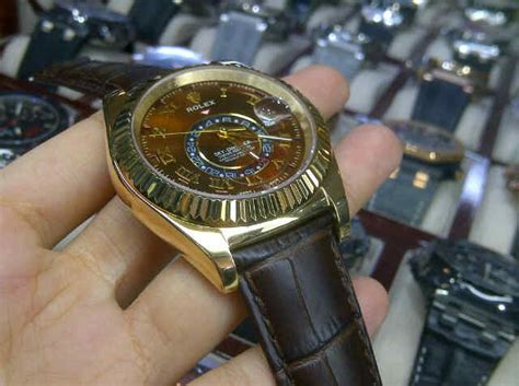 Jam Tangan Roolex Oysterdate Leather 4cm Tanggal Brown Silver Rolex Aghashe