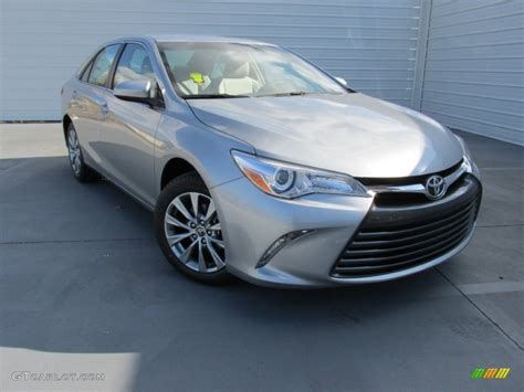 2015 camry colors 2015 celestial silver metallic toyota camry xle 100842122