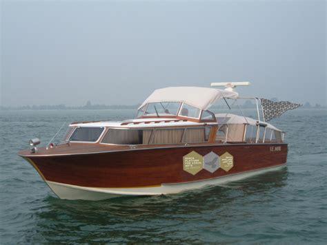 boats in venice venice boat tours