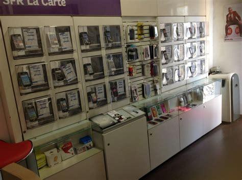 comptoir mobile mobilier agencement pour magasin boutique telephonie