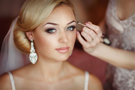 Wedding Hair And Makeup Aberdeen by Top 10 Bridal Hair Trends Of All Time Weddingplanner Co Uk