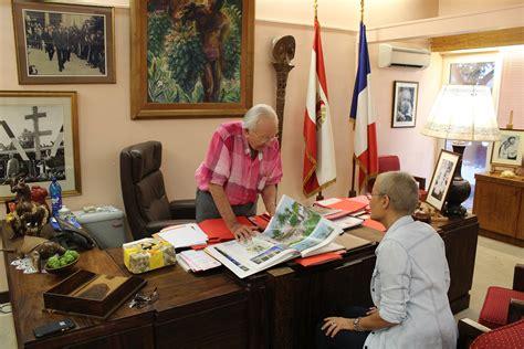 dans le bureau 40 ans du tahoera a huiraatira entretien avec gaston flosse