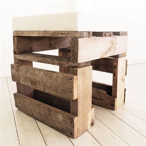 Stools As Bedside Tables by A Bedside Table Or A Stool Pallet Stools Bar Stools Pinte