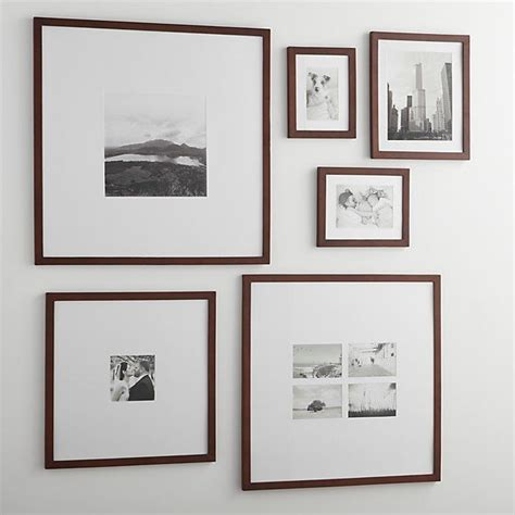 modern wall picture frames 25 best ideas about black picture frames on